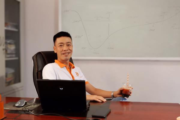 """""""Trinh Phạm"""" CEO & Founder E-COFFEE Việt Nam"""